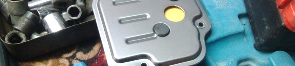 Установка нового масляного фильтра на Хендай Солярис
