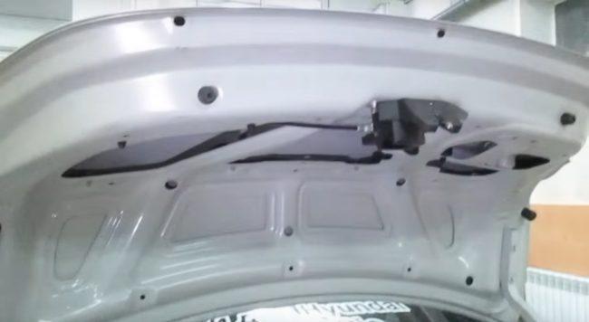 Багажник на Хёндай Солярис без обшивки