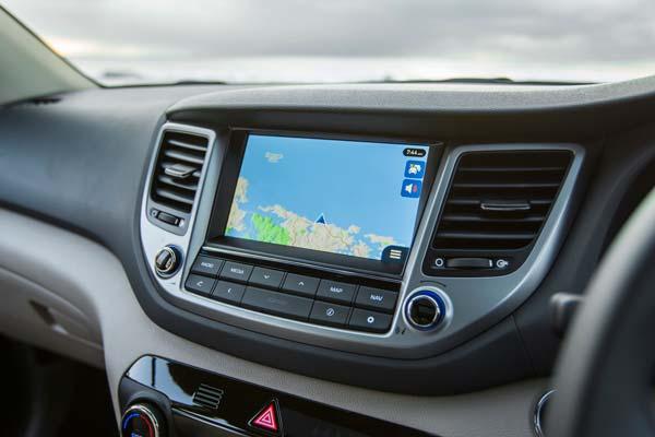 Навигационная система в салоне Хёндай ix35 новый кузов