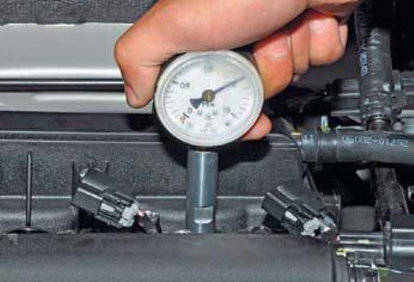 Как проверить компрессию в цилиндре своими руками 718