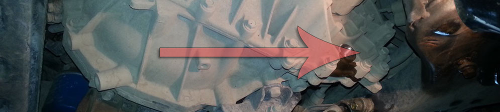 Маслосливная горловина на Хёндай Солярис с МКПП