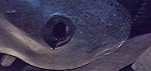 Сливная пробка на картере двигателя Лада Калина 16 клапанов Кросс версия