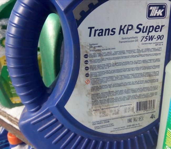 Родное масло ТНК Trans KP Super для коробки передач отечественного автомобиля Лада Калина