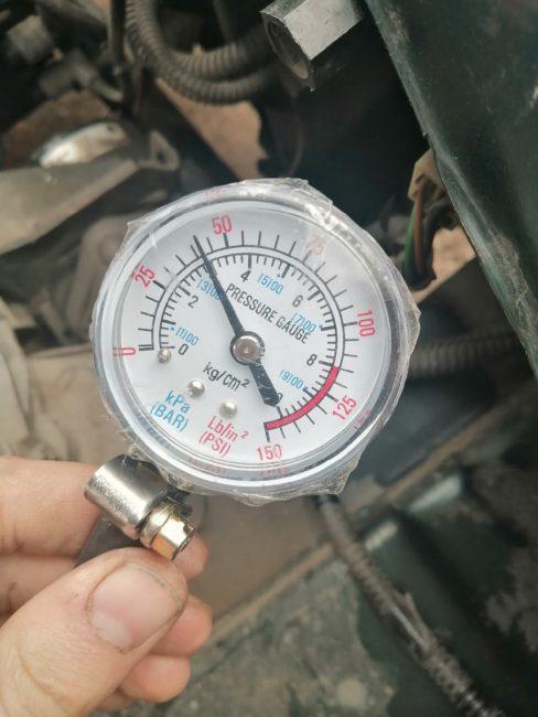 Минимально допустимое давление в топливной рампе на манометре на ВАЗ-2110 8 клапанов на выключенном двигателе